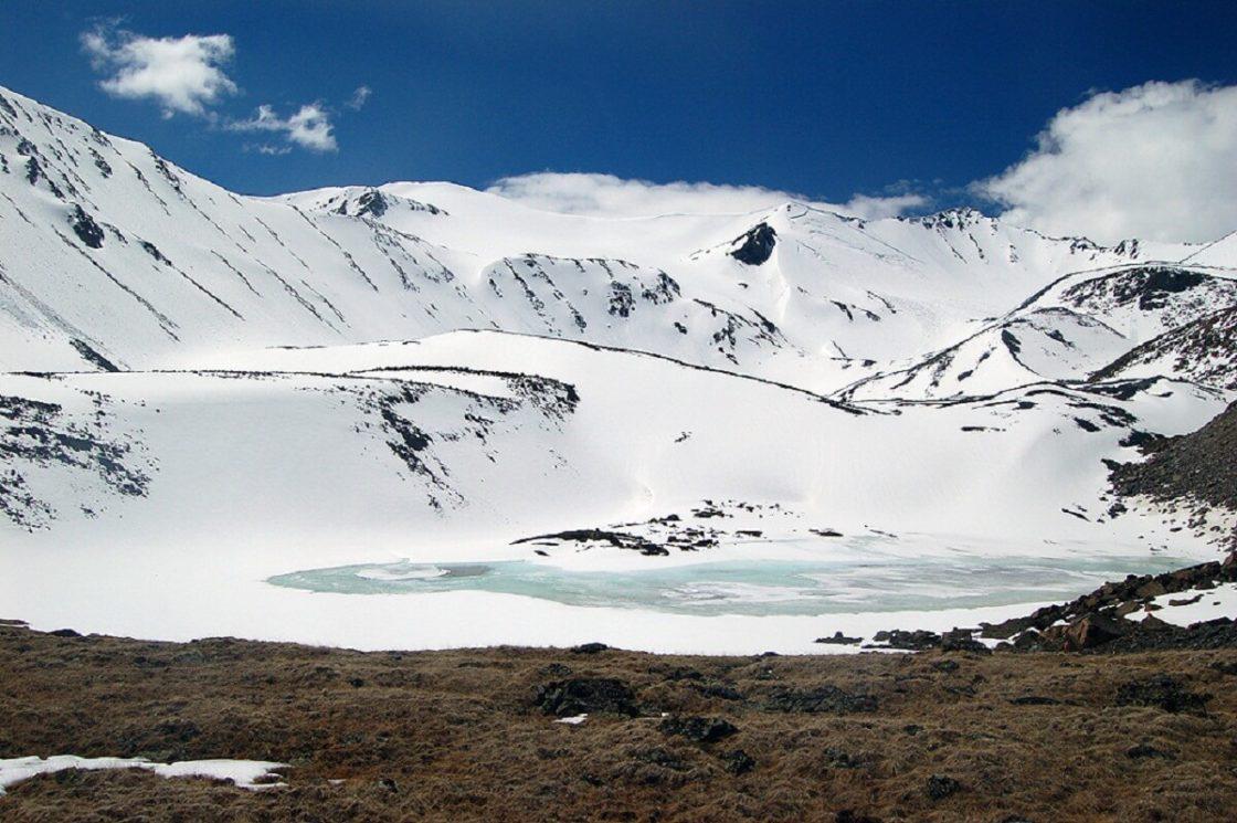 Climbing Iictu Peak (3936 m)