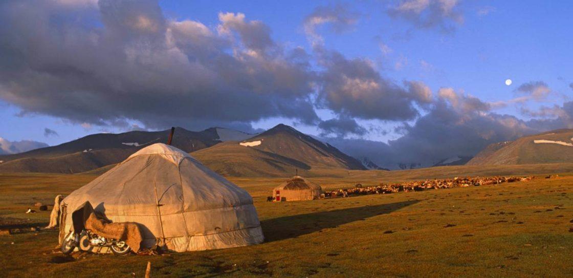 Монголия Тур